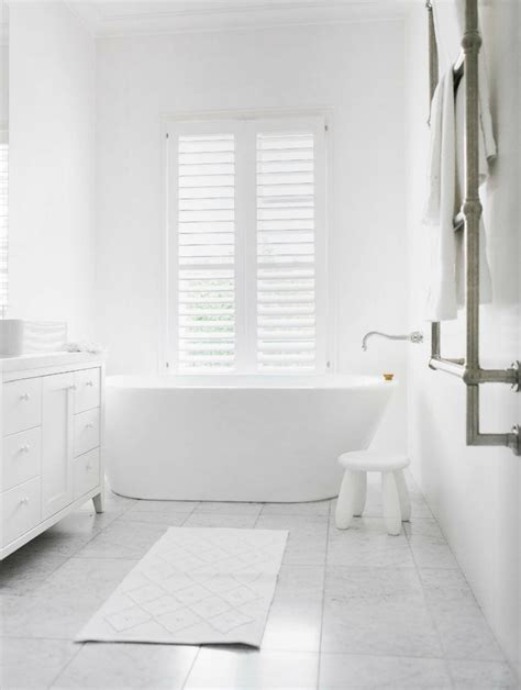 Images Of White Bathrooms by 30 Great Ideas And Pictures For Bathroom Tile Gallery