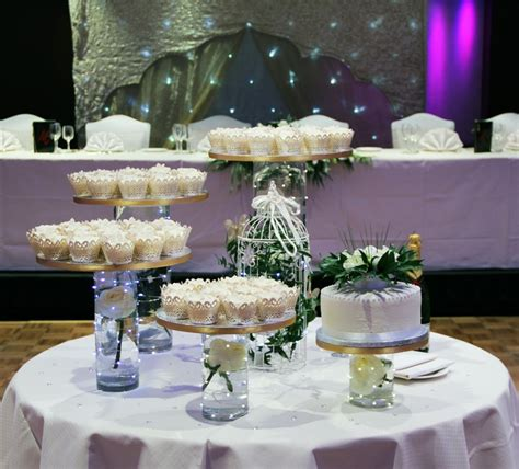 cupcakes plymouth mn 17 best images about jess wedding cake likes on