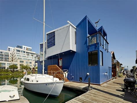 floating boat house modern floating house in san francisco leaves you speechless