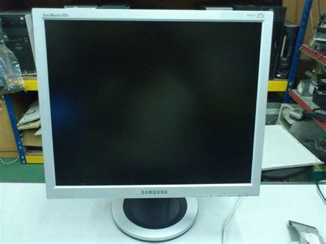 Lcd Monitor Samsung 19 Inch samsung syncmaster 910t 19 inch lcd monitor 130212 johor end time 2 23 2012 9 15 00 pm myt