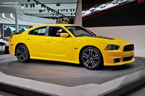 dodge charger superbee 2012 dodge charger srt8 bee image https www