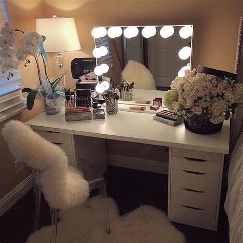 Vanity Desk With Mirror Ikea Die Besten 17 Ideen Zu Schminktische Auf Pinterest