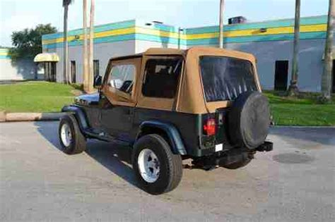 wide stance jeep find used 1993 jeep wrangler sahara auto 31 inch tires