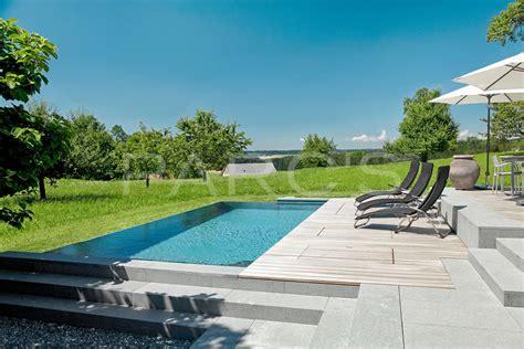 swimming pool im garten entspannung am infinity pool parc s gartengestaltung ch