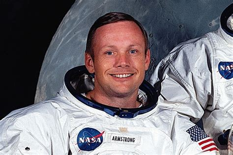 short biography of neil armstrong in hindi heritage remembers neil armstrong 1930 2012
