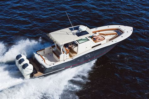 miami boat show new boats 23 new boats to see at the miami international boat show