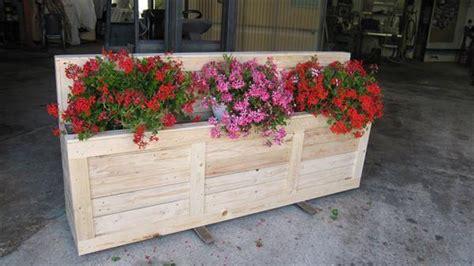 Pallet Flower Planters by Diy Wooden Pallet Flower Planter 99 Pallets