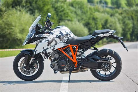 Ktm Superduke 1290 Review 2016 Ktm 1290 Duke Gt Revealed