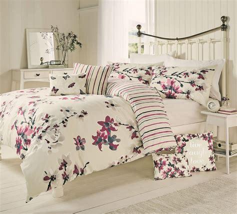 mauve bedding sakura floral blossom bedding duvet cover mauve cranberry