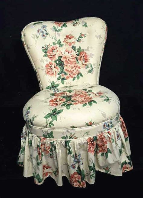 Floral Accent Chair Shaped Back Floral Accent Chair