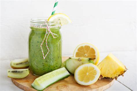 Delicious Green Detox Smoothie by Delicious Detox Smoothie Uliano