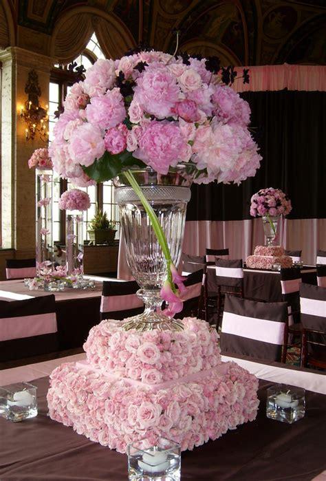 Extravagant Wedding Centerpieces For A Lavish Reception Extravagant Wedding Centerpieces