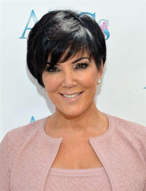 kris kardashian haircolor kris jenner short cut with bangs kris jenner hair looks