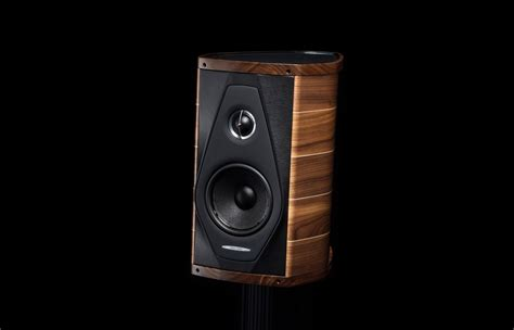 luxury olympica speakers by sonus faber