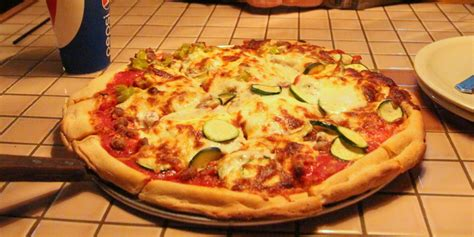 Table Pizza Mountain View by Tommy S Famous A Pizzeria Only In Arkansas