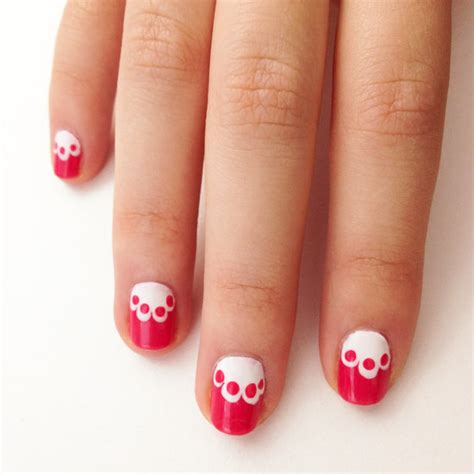 easy nail art lace lace nail art popsugar beauty