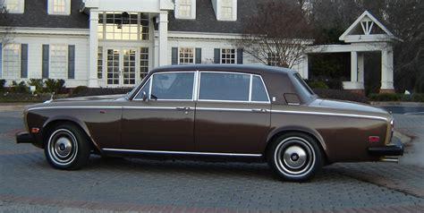 silver rolls royce rolls royce silver wraith ii sin a car