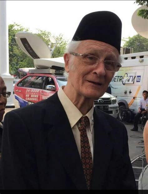 Franz Magnis Suseno paroki bunda banjarbaru kalimantan selatan romo magnis suseno dapat penghargaan bintang