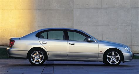 lexus sedans 2005 lexus gs sedan 2000 2005 reviews technical data prices