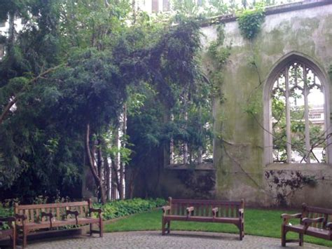 st. dunstan in the east church gardens, city of london