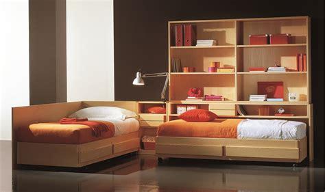 letto libreria grande letto con libreria op78 pineglen
