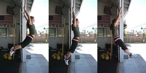 kipping swing 3 more reasons kipping pullups cause injury fitness pain