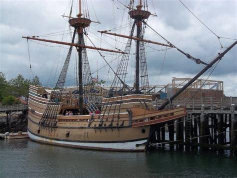 plymouth harbor cruises cruise plymouth harbor bild fr 229 n pilgrim cruises