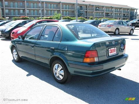 1995 Toyota Tercel Dx 1995 Green Metallic Toyota Tercel Dx Sedan 9503572