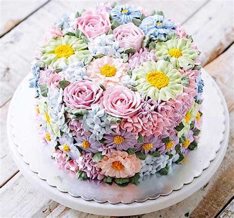 torte fiori i fiori nel piatto per decorazione per torte e tavole