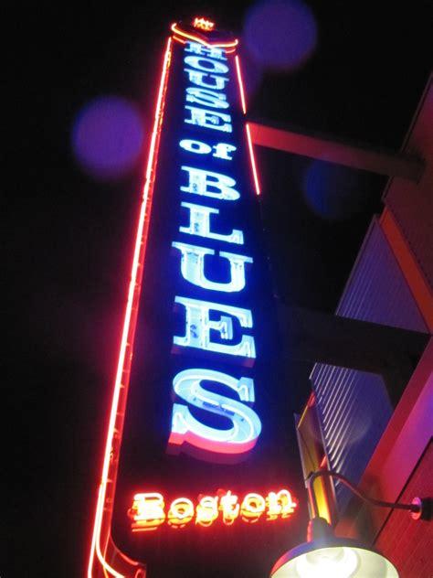 house of blues boston capacity house of blues boston pitchh