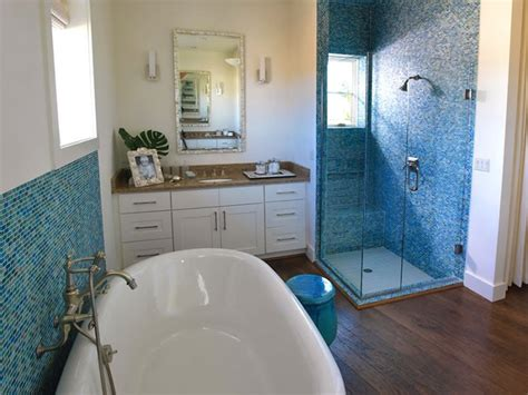 Photos Hgtv Blue Bathroom With Mosaic Glass Tile | mosaic blue glass tile cottage bathroom hgtv