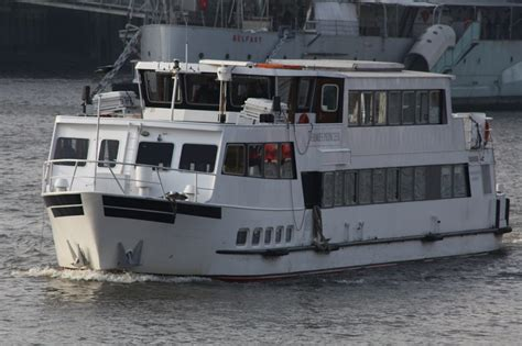thames river boat day hire thames river boat party thames river cruises london