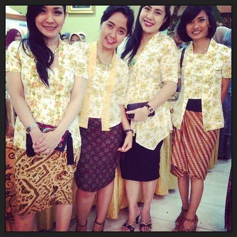Keynara Top Pakaian Wanita Pakaian Modis Batik 17 best images about kebaya kutu baru indonesia on flower skirt kebaya and skirts