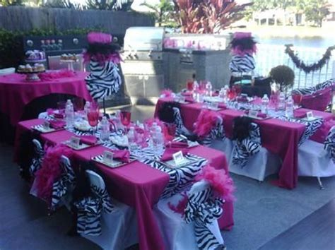 1000  ideas about Zebra Centerpieces on Pinterest   Safari