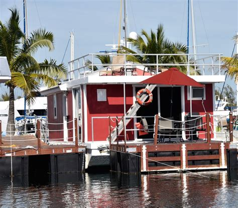 the grouper at the stock island marina vrbo