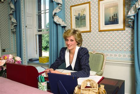 princess diana s kensington palace apartment as offices prince william prince harry and kate middleton paid