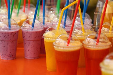 imagenes de batidos naturales smoothie drinks free stock photo public domain pictures