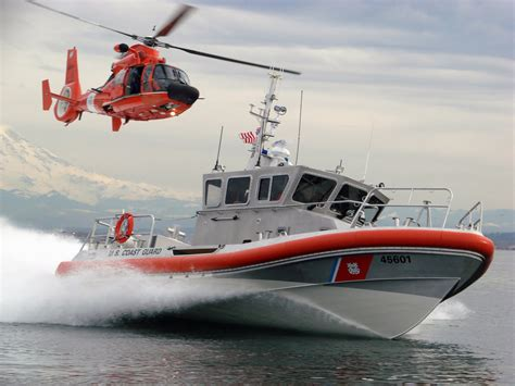 Cost Garde Boating Expo Coast Guard Tours Helicopter Rescue Demo