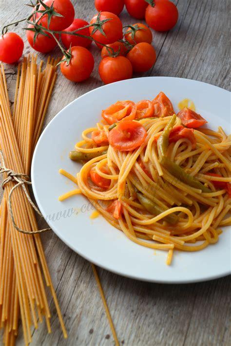 come cucinare il fagiolino spaghetti integrali con pomodori e fagiolini cucina che