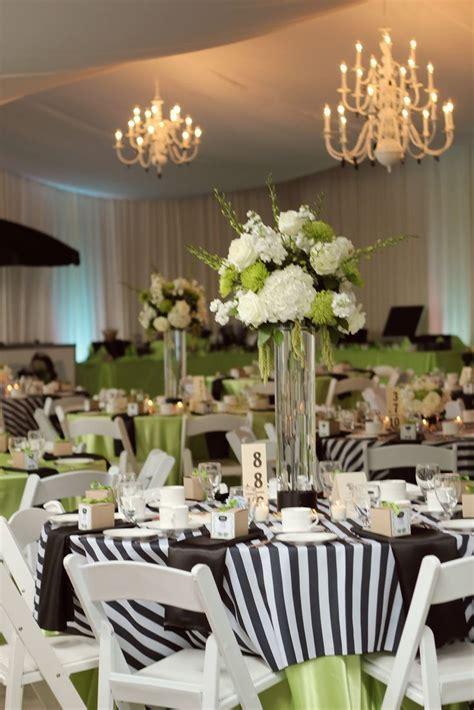 25  best Black tablecloth wedding ideas on Pinterest