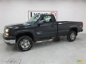 2005 gray metallic chevrolet silverado 2500hd work