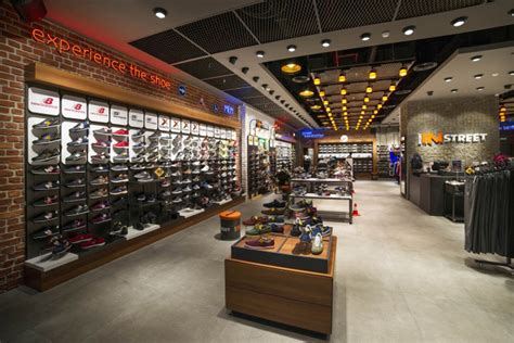 sport shoes usa store sports 187 retail design