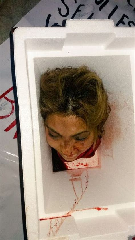 fotos de mujeres decapitadas fotos de horror de dos mujeres decapitadas le dejan