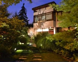 landscape lighting toronto outdoor lighting toronto pro