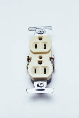 how to connect two ground wires to an outlet homesteady