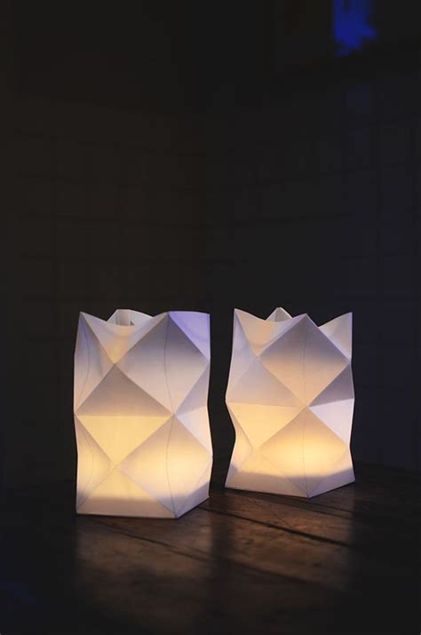 How To Make A Origami Lantern - diy pyssel vik egen papperslykta paper lanterns