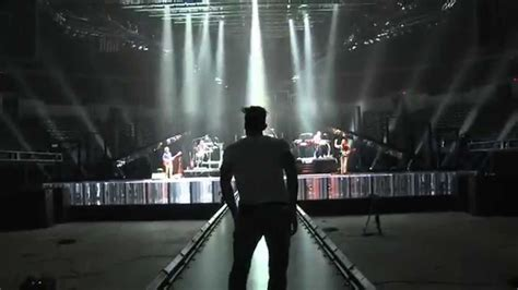 Maroon 5 V 2 maroon 5 v tour teaser