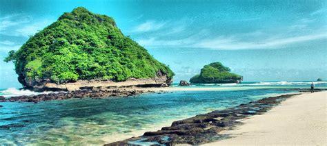 wisata pantai selatan situs resmi info tempat wisata wisata alam pantai goa cina malang