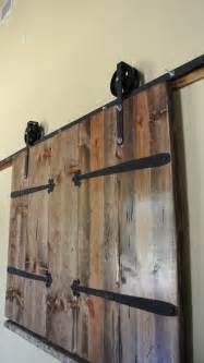 Barn Door On Rollers Best 25 Barn Door Rollers Ideas On Barn Style Doors Diy Interior Design And
