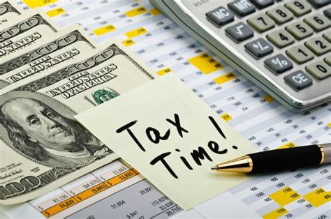 tax preparation accounting students provide free income tax assistance